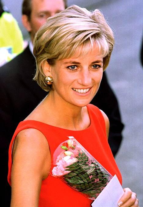David Beckhamin 68-vuotiaan äidin yhdennäköisyys prinsessa Dianaan on hämmentävä.