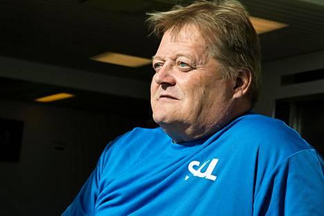 Keihäänheiton maailmanmestari ja moninkertainen olympiamitalisti Seppo Räty sanoo, että uusia menestyjäkandidaatteja ei löydy.