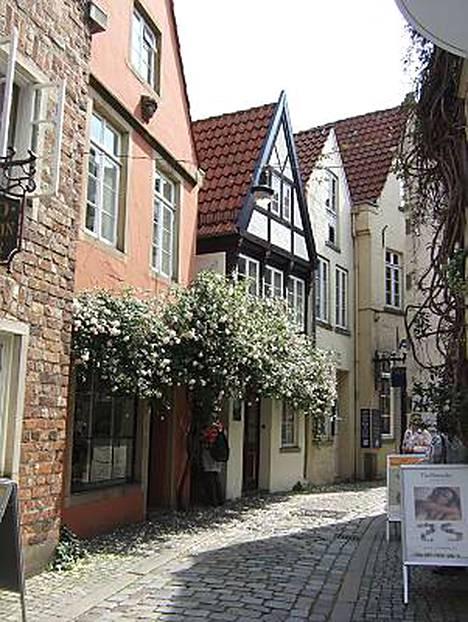 Bremenin kujilta löytyy tunnelmaa niillekin, jotka eivät jalkapallosta piittaa.