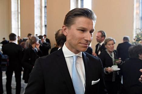 Antti Häkkänen kunnioittaa professoreja, mutta ei jaa täysin Suomessa 30-40 vuotta vallinnutta kriminaalipoliittista ajattelua. Häestä Suomessa uhria ei suojata niin paljon kuin tekijää. –Ajatellaan, että tämä on vähän enemmän yhteiskunnan kuin tekijän oma vika.