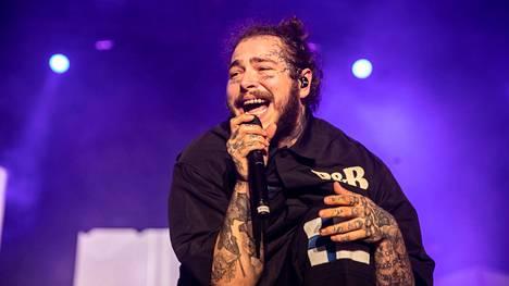Laulaja, lauluntekijä ja räppäri Post Malone esiintyi Suomessa Tampereen Blockfesteillä vuonna 2018.