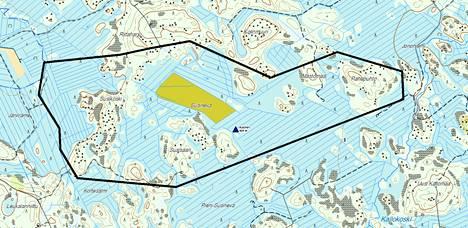 Maastopalo on nyt rajattu mustien viivojen sisäpuolella olevalle alueelle.