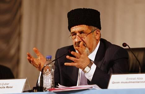 Refat Chubarov on Krimin tataarien oikeuksia puolustava järjestön Mejlisin puheenjohtaja.