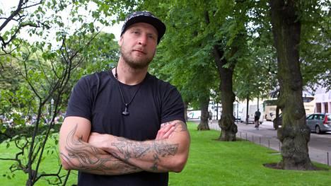 Oikeusjuttu uhkaa – Robert Helenius nousee lauantaina kehään niskassaan 80000 euron velkavaatimukset
