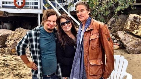 Ismo Leikolan sarjassa vierailevat toisella kaudella Ronn Moss ja hänen vaimonsa Devin DeVasquez.