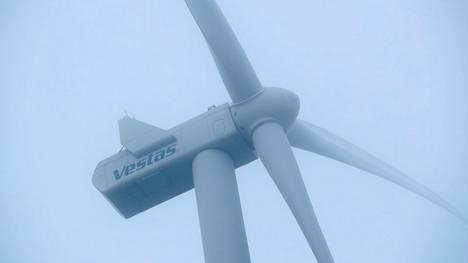 Sitran raportin mukaan Suomeen tarvitaan runsaasti lisää tuulivoimaloita.