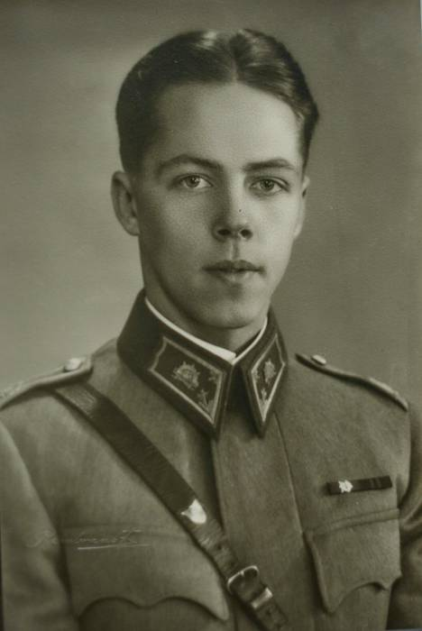 Nuori kadetti Olli Vuorio.