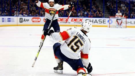 Anton Lundell teki ensimmäisen NHL-maalinsa Tampa Bayn verkkoon.