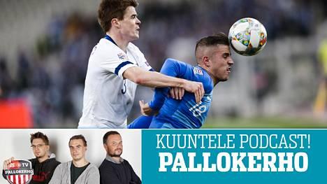 Albin Granlund (vas.) tekee parhaansa oikean puolustajan paikalla, mutta Huuhkajiin tarvittaisiin pelipaikalle kilpailua kun Jukka Raitala on poissa ryhmästä.