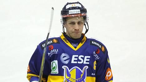 Marko Kauppinen edusti viimeisellä pelaajakaudellaan 2016–2017 Mikkelin Jukureita.
