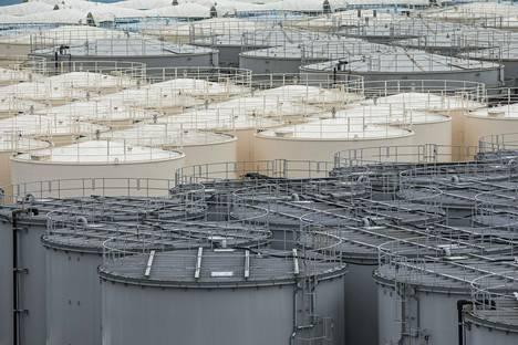 Saastunutta vettä varastoidaan vielä säiliöihin, mutta säiliötila Fukushiman vedenpuhdistuslaitoksella on käymässä nopeasti vähiin.
