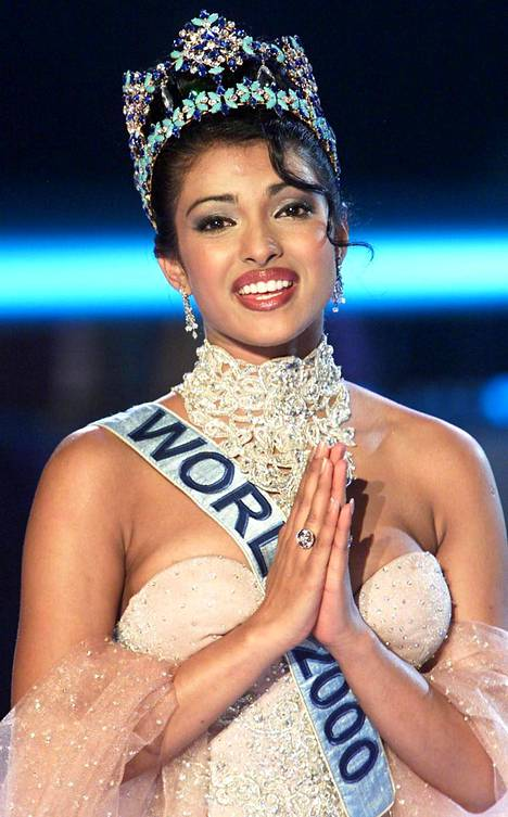 Miss Intia Priyanka Chopra voitti Miss Maailma -kilpailun vuonna 2000.