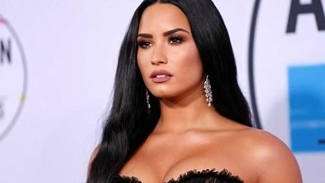 Demi Lovato on kamppaillut vuosia huumeriippuvuuden ja syömishäiriön kanssa.