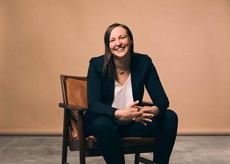 Leea Tolvas tekee nousu-uraa kiinteistöliiketoiminnassa.