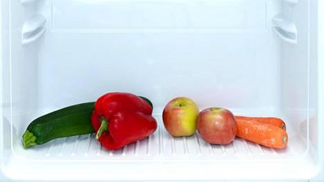 Nosta jääkaapin paraatipaikalle kasvisten sateenkaari.