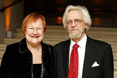 Presidentti Tarja Halonen ja Pentti Arajärvi olivat Strauss-konsertissa Finlandia-talolla tammikuussa 2020.
