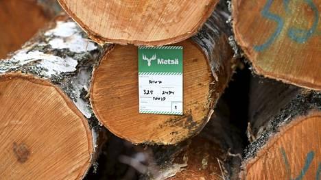 Uudelle tehtaalle hankittaisiin Suomesta noin 375 000 kuutiota tukkia.