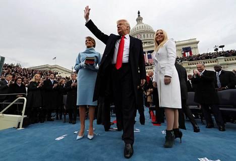 Donald Trump vannoi virkavalansa tammikuussa 2017.