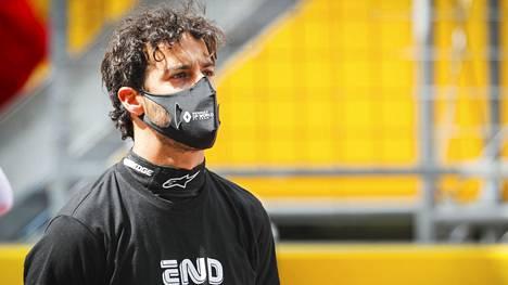 Daniel Ricciardo turhautui Lance Strollin ohitusyrityksestä.
