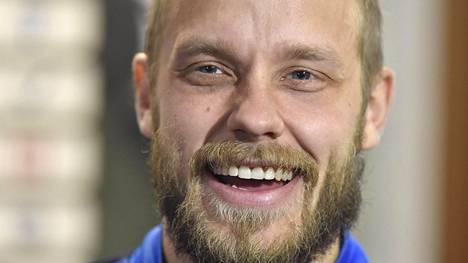 Markku Kanerva julkisti Huuhkajien avauskokoonpanon Kreikkaa vastaan