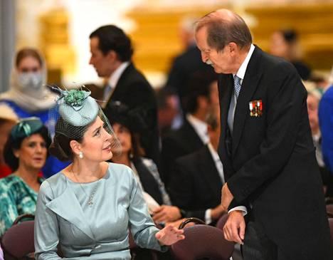 Albanian kruununprinsessa Elia ja Portugalin vanhan kuningassuvun päämies, Braganzan herttua Duarte Pio olivat häävieraiden joukossa.