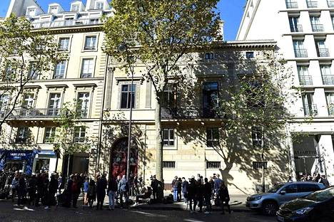 Kim Kardashian majoittui ryöstetyksi joutuessaan tässä talossa sijaitsevan pienen putiikkihotellin luksusasunnossa Pariisin Rue Tronchatilla.