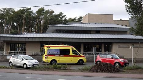 Hemelrijckin hoivakodissa ilmeni useita koronavirustartuntoja joulupukin vierailun jälkeen. Nyt jo 26 hoivakodin asukasta on menehtynyt.