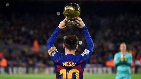Lionel Messi voitti Barcelonassa valtavasti.