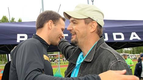 Tero Pitkämäki (vas.) ja Hannu Kangas loivat suomalaiseen keihäänheittoon ainutlaatuisen menestystarinan.