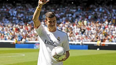 Real Madrid maksoi Tottenhamille Gareth Balesta 100 miljoonaa euroa.