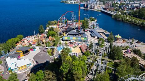 Koronapandemia on saanut aikaan sen, että Särkänniemen huvipuisto saattaa jatkossa rajoittaa kävijämääriään pysyvästi.