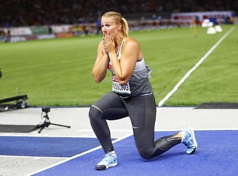 Christin Hussong voitti EM-kultaa ylivoimaisesti uudella kisaennätyksellä 67,90.