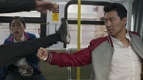 Shang-Chi (Simu Liu) on Marvelin supersankarielokuvien ensimmäinen kung fu -tähti.
