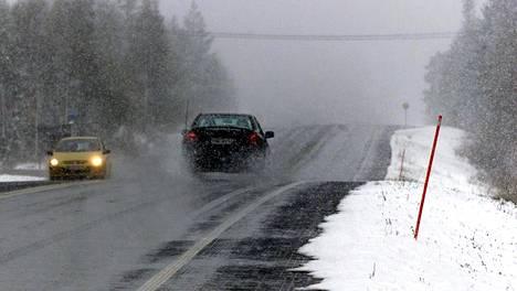 Tuleeko aurauskepeistä älykeppejä, jotta automaattisesti liikkuvat ajoneuvot pystyisivät kulkemaan turvallisesti talviolosuhteissa?