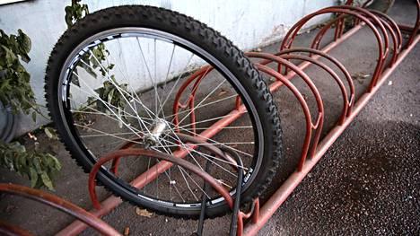 Polkupyöriä ja pyöränosia on varastettu vuoden 2018 alusta tähän päivään lähes 9000 kappaletta.