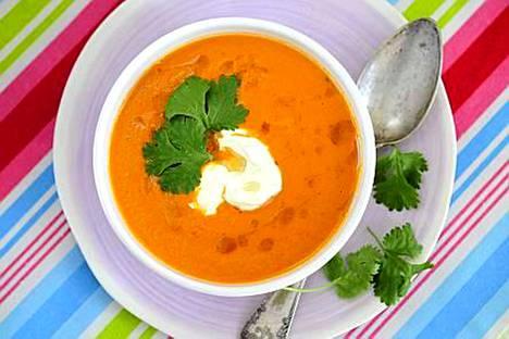 Linssit tekevät porkkanakeitosta vähän ruokaisamman.