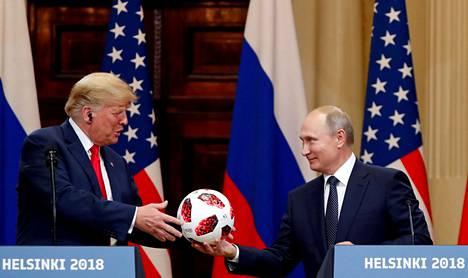 Donald Trump ja Vladimir Putin tapasivat heinäkuun 16. päivänä 2018 Helsingissä.