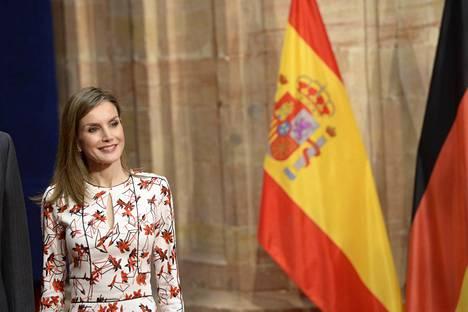 Matkiko Espanjan kuningatar Letizia herttuatar Catherinea