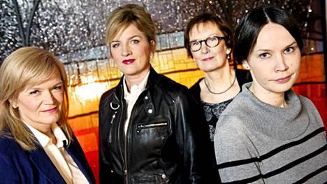 Anne Flinkkilä, Leena Mononen, Kerttu Pekola ja Leila Jylhänkangas keskustelevat eutanasiasta.