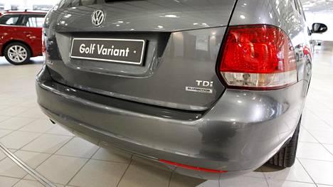 Luvassa voi olla lisäkuluja heille, joilla on päästöskandaalin pariin kuuluva automalli.