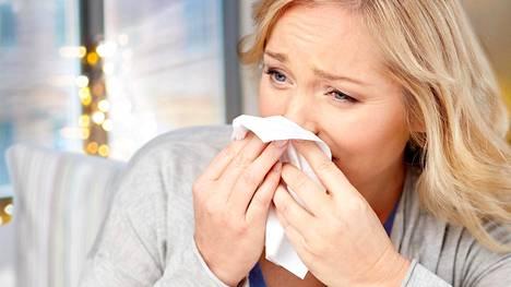 Tärkein keino ehkäistä flunssaa ovat terveelliset elämäntavat, jotka ylläpitävät elimistön puolustuskykyä.
