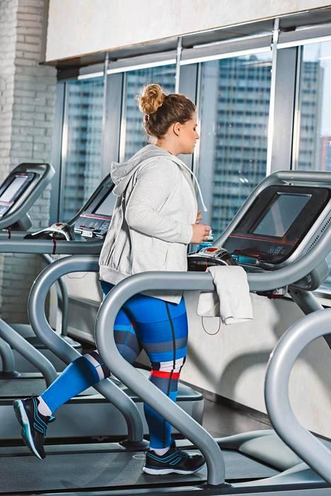 Keinot matala-asteisen tulehduksen hillintään ovat yksinkertaiset: liikunta ja laihduttaminen.