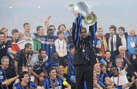 Jose Mourinho voitti 2010 Mestarien liigan Interissä.