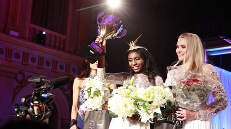 Sephora Ikalaba on Miss Helsinki 2017.