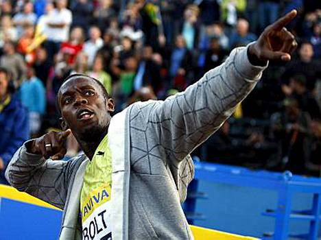 Usain Bolt otti jälleen omansa.