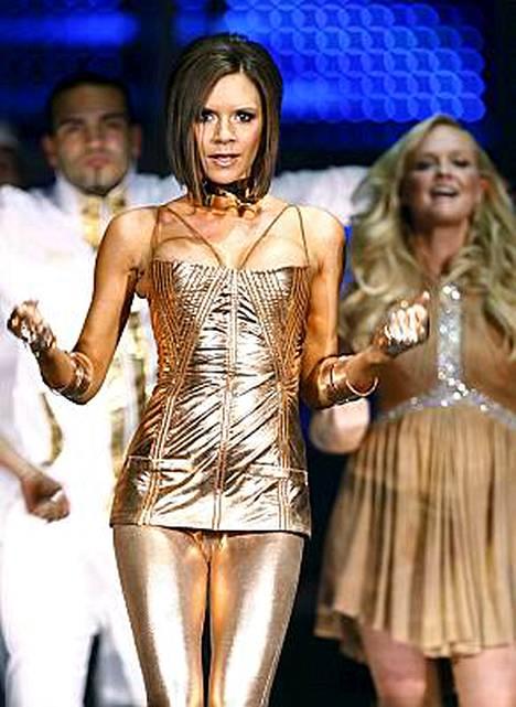 Victoria Beckham pukeutui tiukkoihin housuihin jo Spice Girls -kiertueella.