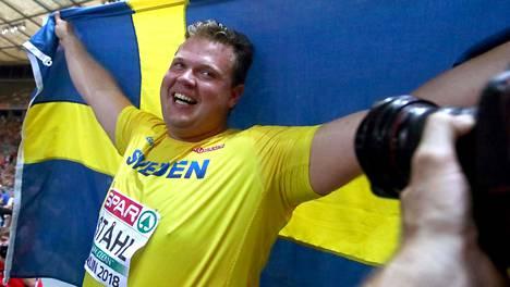Daniel Ståhl riemuitsi EM-hopeastaan.