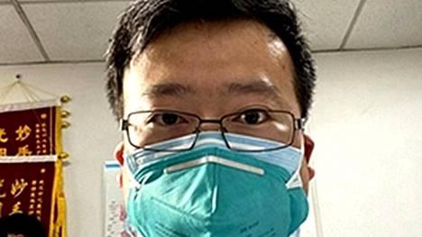 Silmälääkäri Li Wengliang, 34, on Kiinan median mukaan menehtynyt koronavirukseen.