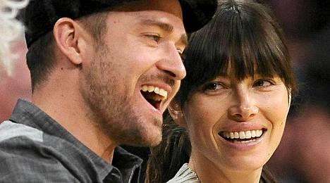 Justin Timberlaken ja Jessica Bielin häitä varten tehty video on herättänyt paljon närää.