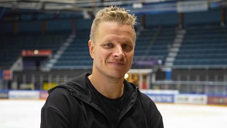 Lasse Kukkonen miettii parhaillaan, vieläkö uran erikoisimman kauden päätöksen jälkeen riittää virtaa jatkaa pelaamista.